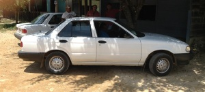 witte nissan sunny
